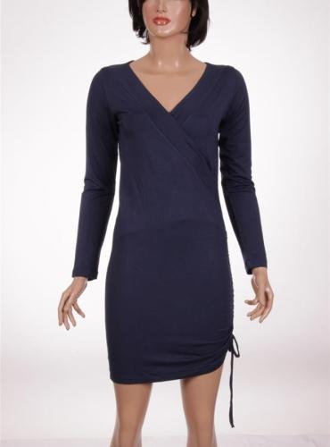 Дамска рокля с дълъг ръкав